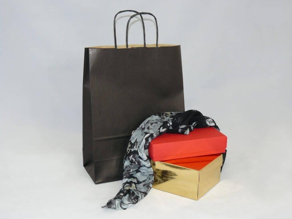 torba papierowa z uchwytem skręcanym czarna
